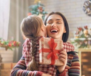 Best Christmas gifts for Mom From Daughter